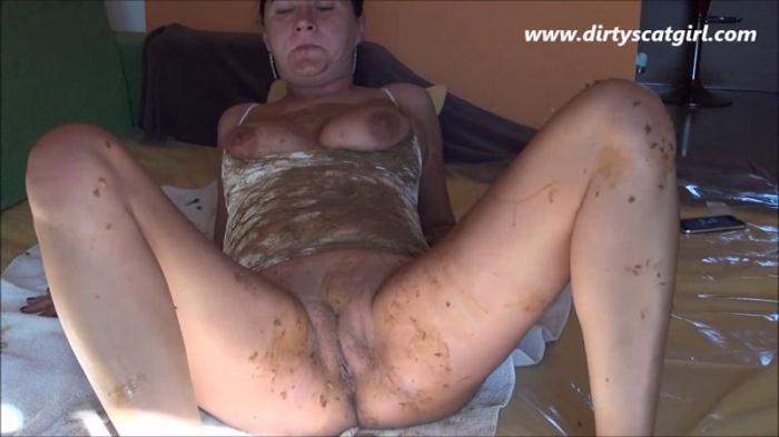 Private scat slave (Scat Porn) HD 720p