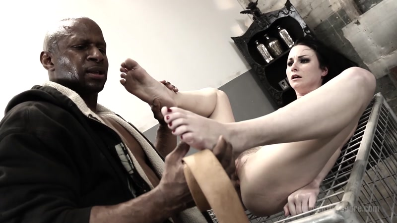 DeviantHardcore.com: Veruca James - Veruca James Caged Interracial Sex [FullHD] (1.27 GB)