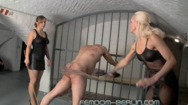 Big Femdomparty Part 9 / 14 November 2016 [Femdom-Berlin / SD]