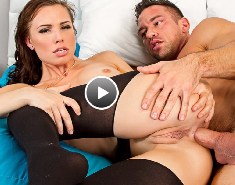 MyFriendsHotGirl/NaughtyAmerica - Aidra Fox [My Friends Hot Girl] (SD 480p)