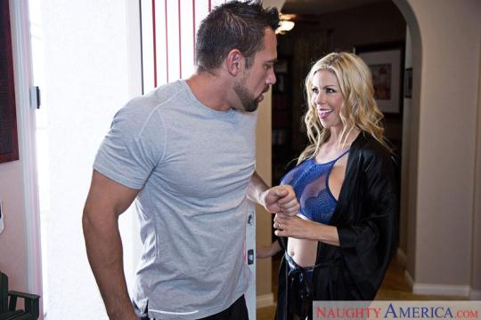 N4ughty4m3r1c4: Alexis Fawx - Blonde gets Creampie (SD/480p/649 MB) 30.11.2016