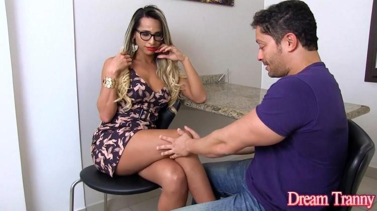 Leticia Menezes - Anal Pleasure / 28.10.2016 [DreamTranny / HD]