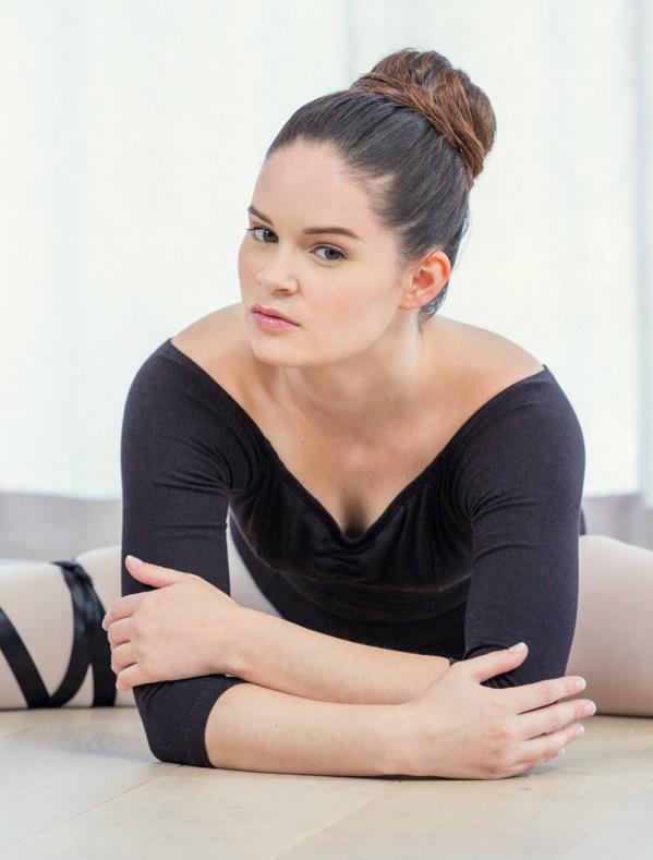 Tushy - Jenna J Ross - Young Ballerina Explores Anal Sex with her Teacher [SD 480p]