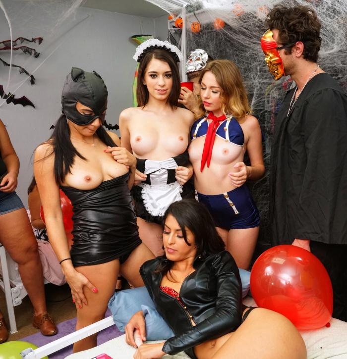 DareDorm: Sophia Leone, Michelle Martinez, Joseline Kelly - Halloween Dress Down  [HD 720p]  (Group)