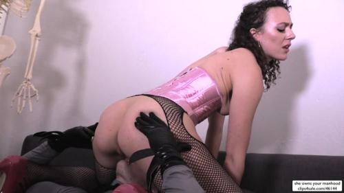 Sweetfemdom.com [Christian Wilde, Lilith Luxe - Demon Lilith Seduces Batman - Part 2] HD, 720p