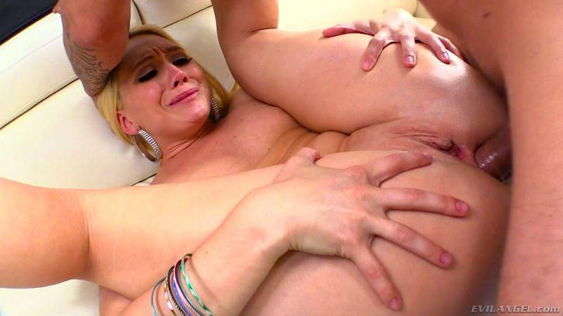 3v1l4ng3l.com: AJ Applegate - Butt-Blessed AJ Loves Sodomy [SD] (506 MB)