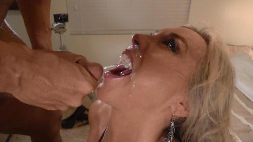 Wifeysworld.com [Sandra Otterson - Wifey\'s swallow challenge!] SD, 540p