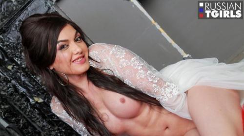 Meet Gorgeous Viktoria [HD, 720p] [Russian-Tg1rls.com] - Shemale