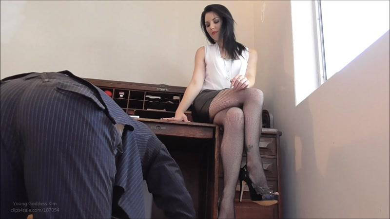 Clips4sale.com: Worship Young Goddess Kim! [FullHD] (296 MB)