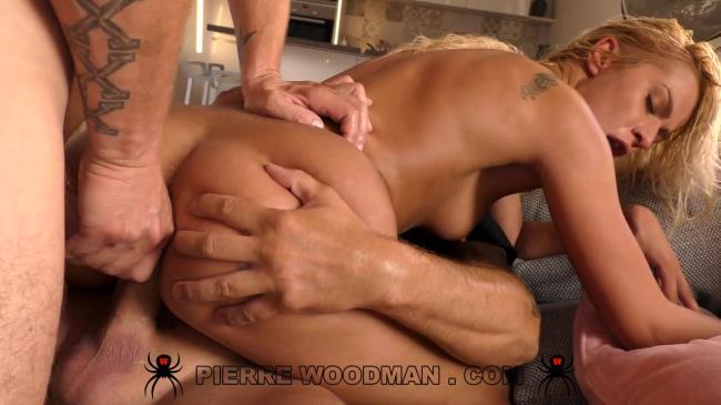 WoodmanCastingX: Cherry Kiss - Hard - DAP furry with 4 men (HD/2016)