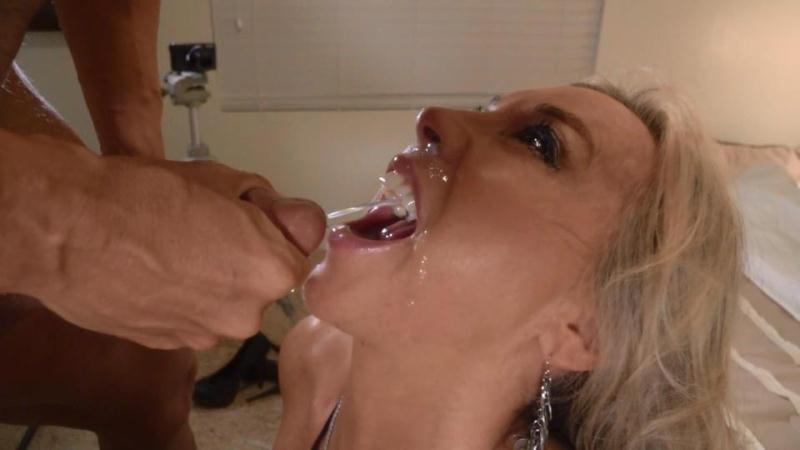 (handjob / MP4) Sandra Otterson - Wifey's swallow challenge! Wifeysworld.com - SD 540p