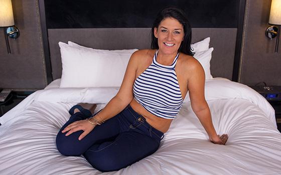MomPov.com - Jillian - Sexy Midwest MILF porn first timer [HD 720p]