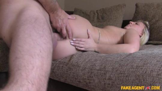 FakeAgentUK, FakeHub: Amber Deen - Deep pussy fucking for hot stripper (SD/480p/409 MB) 25.12.2016