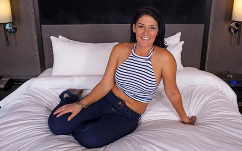 Jillian - Sexy Midwest MILF porn first timer (MomPov) [HD 720p]
