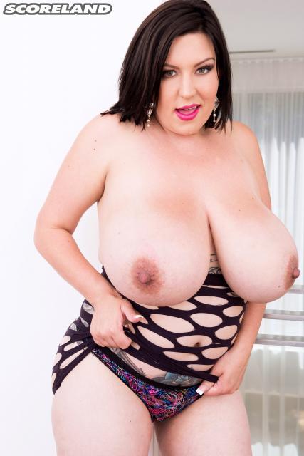 Paige Turner - Killer Tits (PornMegaLoad/HD/720p/380 MB) from Rapidgator
