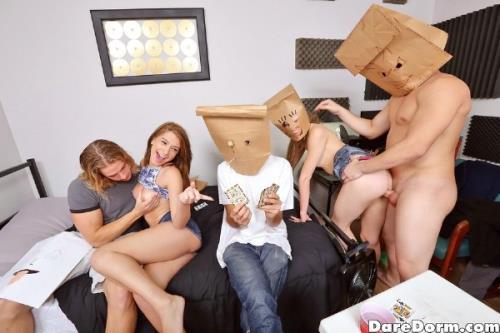 Joseline Kelly, Alexa Nova, Peter Green - Paper Bag Party (DareDorm) [SD 432p]