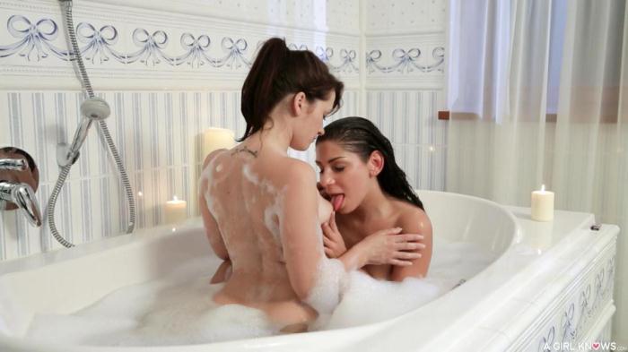 AGirlKnows.com / P0rnD03Pr3m1um.com - Tess Lyndon, Rachel Evans - Erotic fuck in the tub with brunette dykes Tess Lyndon and Rachel Evans [SD, 480p]