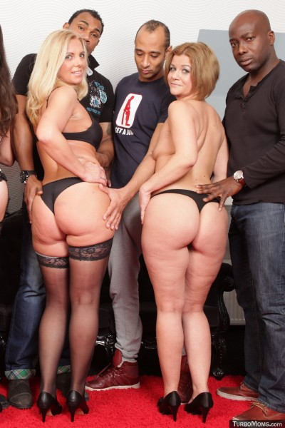 Ida - Czech milfs group sex orgy feat. blonde mom Ida (TurboMoms) [SD 360p]