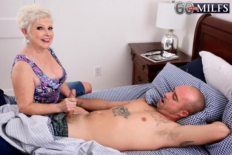 Jewel is a granny. Jimmy is her grandson's friend / 16 Dec 2016 [PornMegaLoad, ScoreHD, 60PlusMilfs / FullHD]