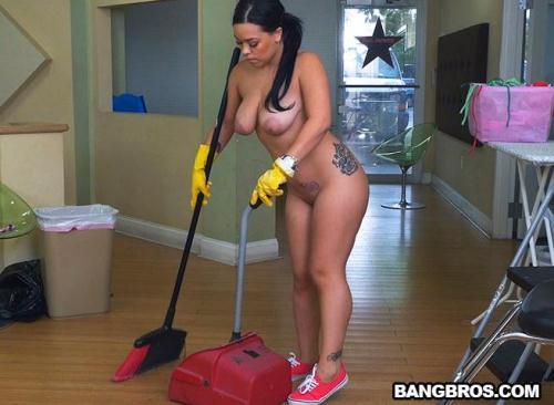 MyDirtyMaid.com / BangBros.com [Kimmy Kush - Thick Latina Maid Enjoys First Day] SD, 480p