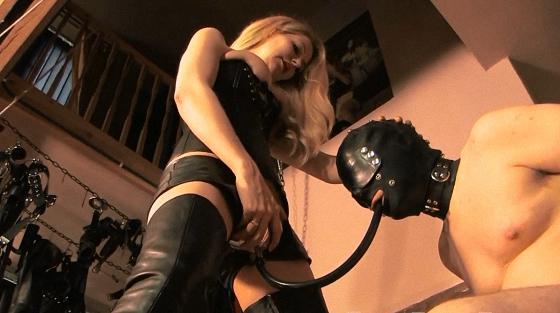 FemmeFataleFilms.com - Mistress Eleise De Lacy - Champagne Release [HD 720p]