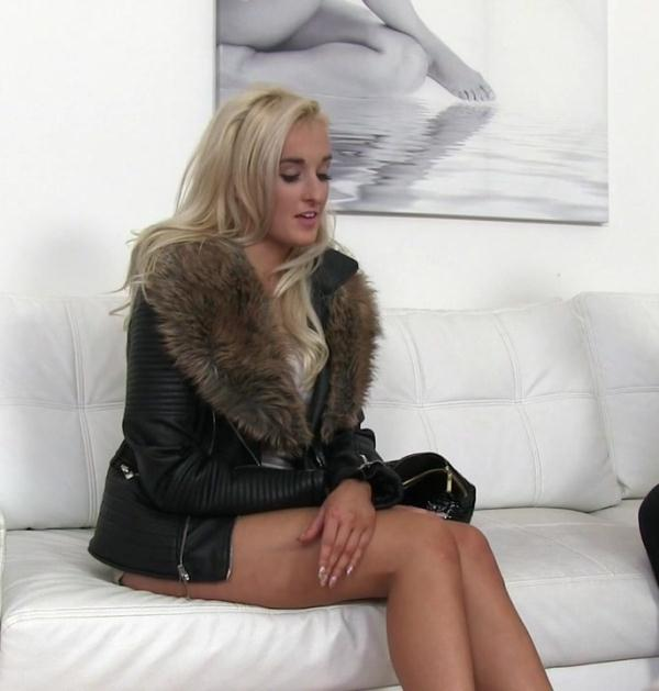 FakeAgent: Daisy Lee - Blonde likes cock between her tits [FullHD 1080p] (1.54 GB)