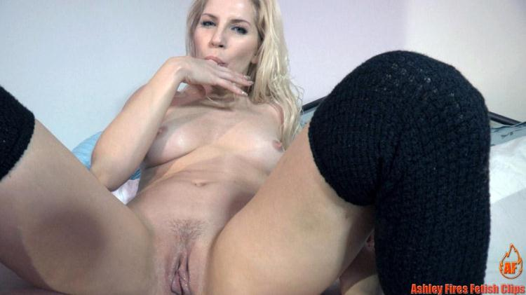 Mommy Needs Him / 14 Dec 2016 [Clips4Sale, Modern Taboo Family, Ashley Fires Fetish Clips / HD]
