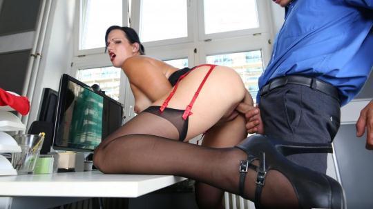 BumsBuero: Sina Velvet - Sexy German brunette secretary sucks dick and fucks at the office (SD/480p/386 MB) 04.12.2016