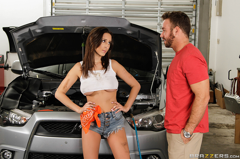 Ashley Adams - The Mechanic  [BrazzersExxtra/Brazzers / SD 480p]