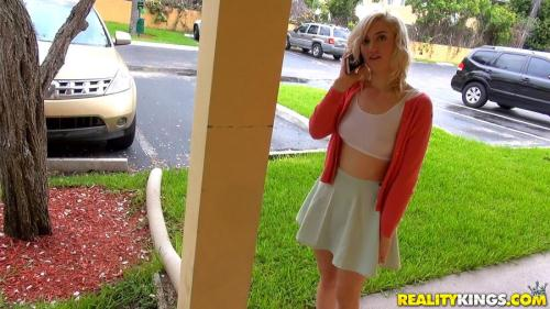 StreetBlowJobs.com / RealityKings.com [Aubrey Adore - Tastes Like Candy] SD, 432p
