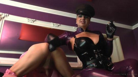 Lady-Asmondena: Sissy Bitch Fuck (HD/720p/425 MB) 09.12.2016