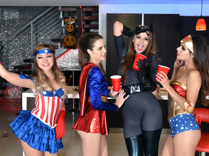 BFFS: Katya Rodriguez, Avery Adair, Cleo Vixen, Ally Tate - Halloween Scare  [SD 540p]  (Group)