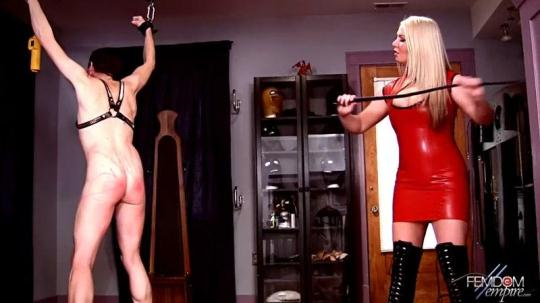 FemdomEmpire: Lexi Sindel - Whipping her bitch (HD/720p/77.4 MB) 19.12.2016
