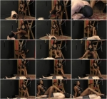Mocha Menage - Foot worship [FullHD, 1080p] [Meanbitches.com / MeanWorld.com]