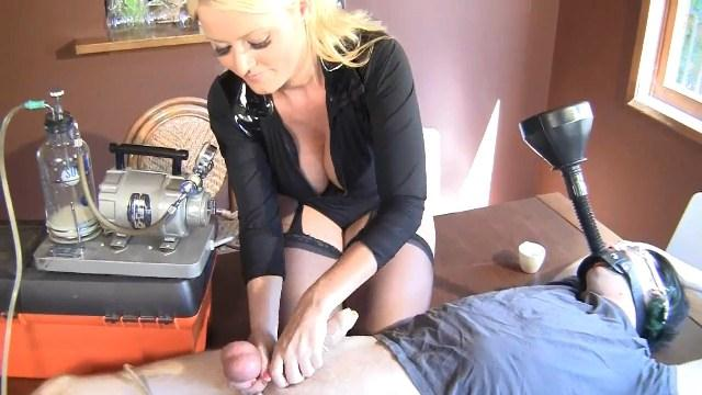 Sofie Dee - Milking machine monday step-mommie (Clips4sale) HD 720p