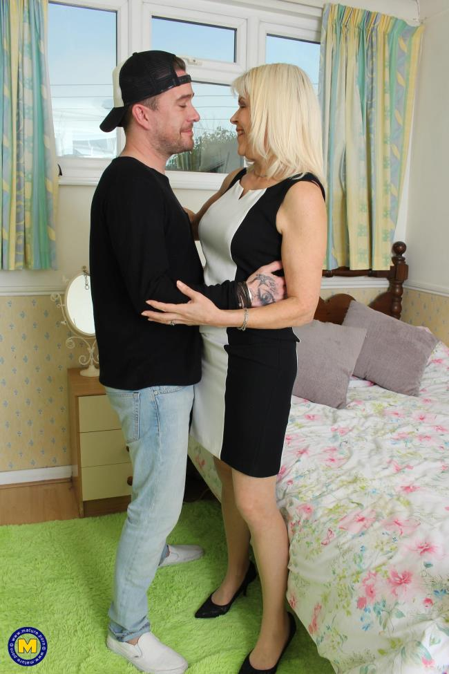 Lady Sextasy (EU) (64) - British mature lady fucking and sucking [Mature.nl | 1080p]