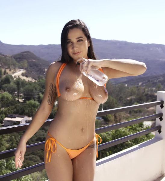 Karlee Grey Oiled Up Natural Tits - Brunette Karlee Grey's Hairy Pussy Banged [Ztod 1080p]