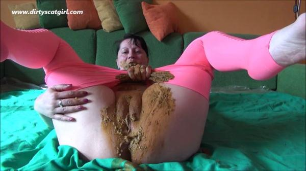 DIRTYSCATGIRL - Extreme Scat - Part 26 (HD 720p)