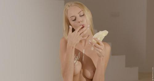 W0wG1rls.com [Nancy A - Ice Cream Tease] FullHD, 1080p