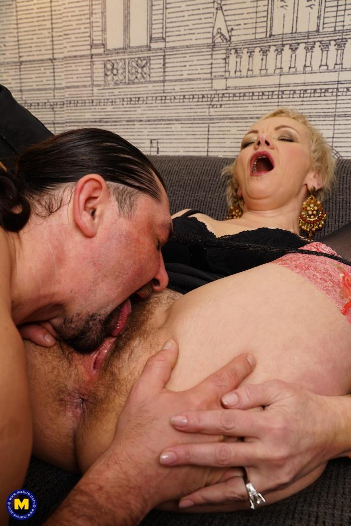Rina M. (53) - This mama loves to get dirty [FullHD 1080p] Mature.nl