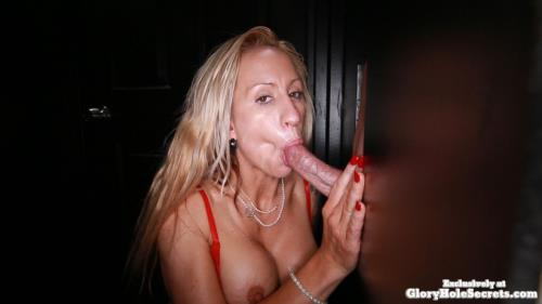 Zoey - Zoey's First Gloryhole Video POV (GloryHoleSecrets) [FullHD 1080p]