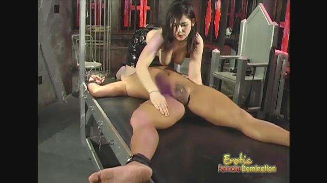 EroticFemaleDomination: Mistress - Submissive Slave Acts Like A Dog For His Mistress (HD/2016)