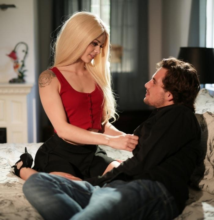 Elsa Jean - Beware, Daddy Dearest! [HD 720p]