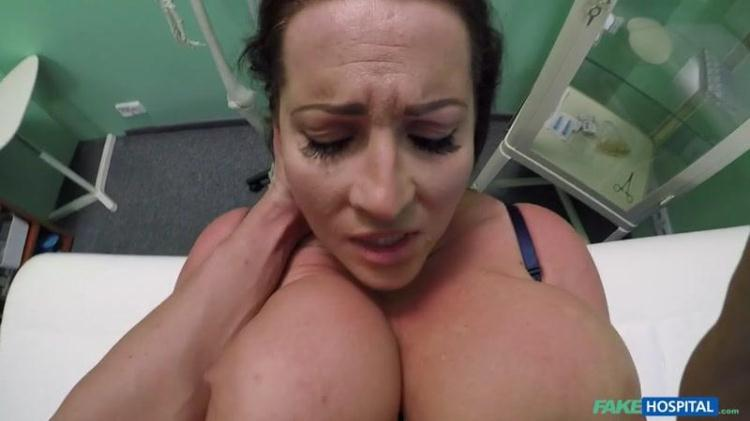 Babe Laura Orsolya wants cum on her big tits / 16 Dec 2016 [FakeHospital / SD]