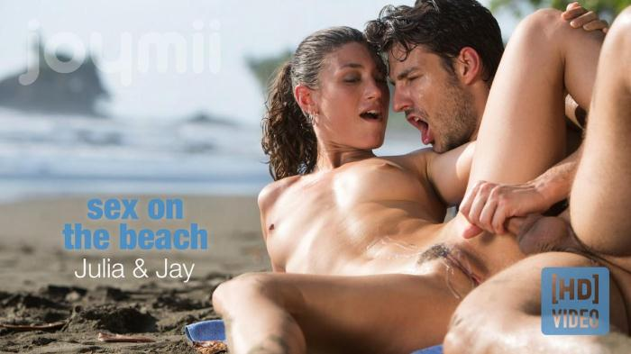 JoyMii.com - Julia Roca - Sex On The Beach [SD, 540p]