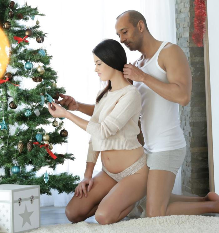 Nikky Perry - Coming Home for Xmas [FullHD 1080p] - 21Naturals/21Sextury
