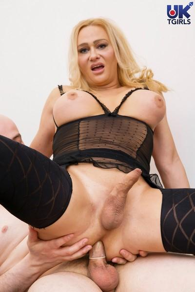 Evain Diamond - Evain Diamond & Big Johnny (UK-TGirls) HD 720p