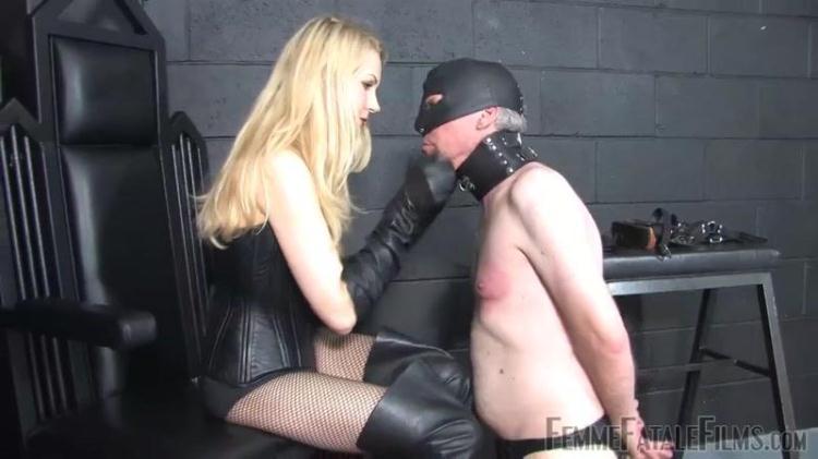 Mistress Eleise de Lacy - Worship My Leather / 07 Dec 2016 [FemmeFataleFilms / HD]