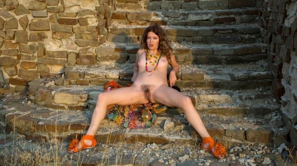 (Anilos | FullHD) Helena Volga - Amateur Outdoor (1.96 GB/2016)