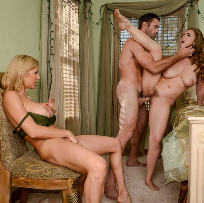 ZZSeries/Brazzers: Alexis Fawx,Lena Paul - A Brazzers Christmas Special: Part 4  [HD 720p]  (Threesome)